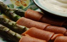 Asparagus and Cheatin' Meaty Spears with Vegan Hollandaise Sauce
