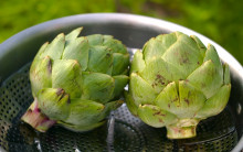 Artichokes With Lemon 'Butter'