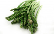 Steamed Asparagus with Lemon Butter
