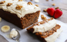 Vegan Banana Bread & Cashew Cream Icing