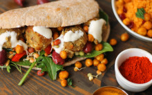 Stuffed Pitta Bread with Falafel