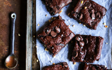 Flourless Mince Pie Brownies