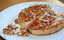 Wholemeal Toast with Nutritious Toppings