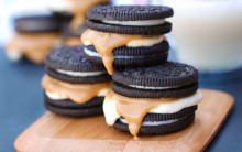 Oreo, Marshmallow & Peanut Butter Sarnies (S'mores!)