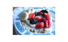 Porridge with Flax seeds, Berries and Banana