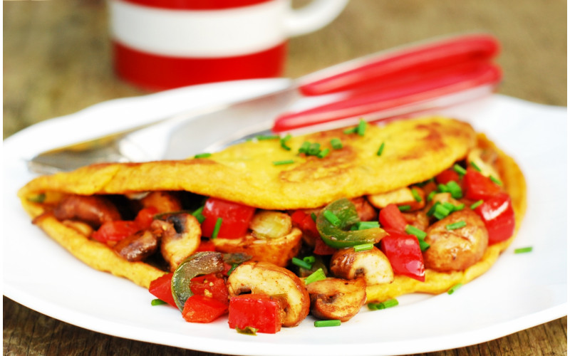 Brunch Omelette with Smoky Garlic Mushrooms