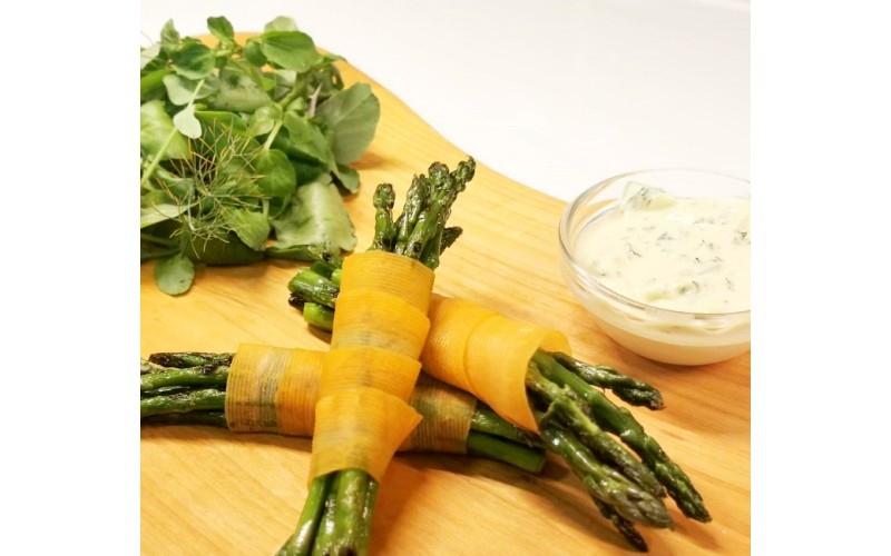 Griddled Asparagus with Smokey Carrot & Béarnaise Sauce