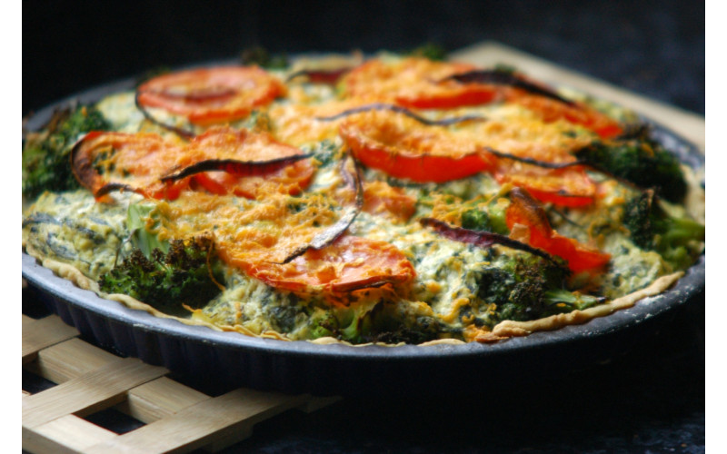 Deluxe Quiche with Pea, Courgette and Tomato