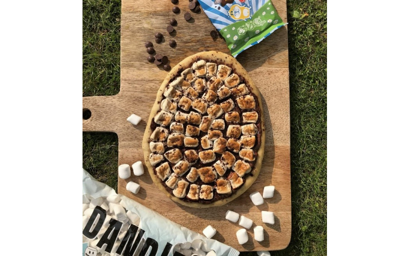 Chocolate & Marshmallow Dessert Pizza