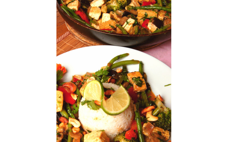 Thai Vegetable Curry with home-made curry paste option