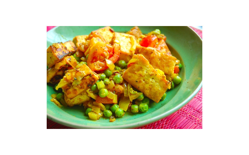 Muttar Paneer (Curd and Pea Curry)