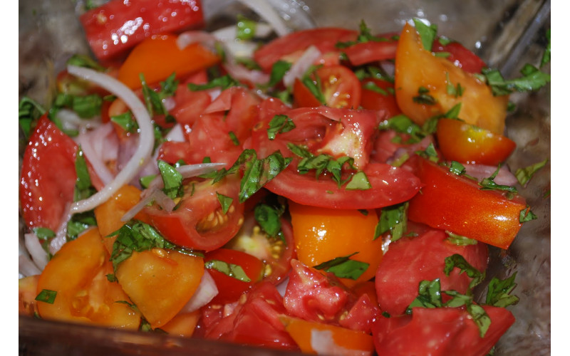 French Tomato Salad