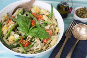 Tony's Sundried Tomato & Asparagus Pasta with Pesto