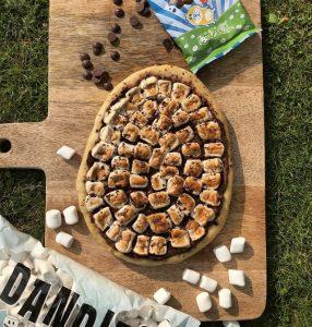 Chocolate & Marshmallow Dessert Pizza