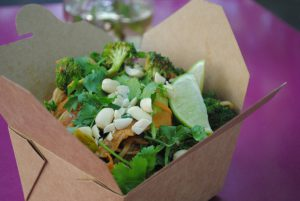 Easy Noodles & Veggies in a Peanut Chilli Ginger Sauce