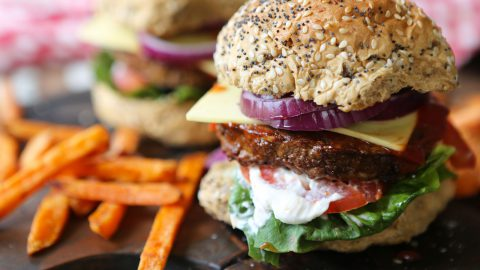 Vegan Cheeseburger (supermarket style)