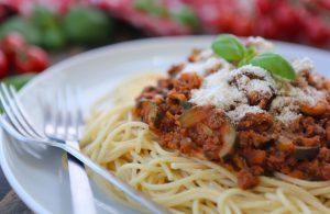 Easy Vegan Spaghetti Bolognese