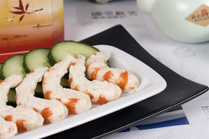 Sweet & Sour Vegan King Prawns with Steamed Oriental Vegetables