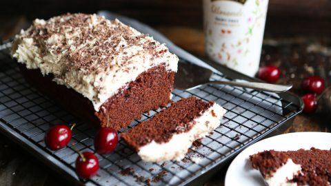 Easy Baileys Chocolate Cake
